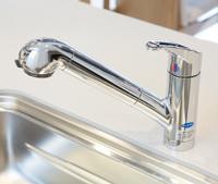 浄水器一体型ハンドシャワー混合水栓