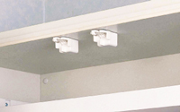 耐震ラッチ付吊戸棚
