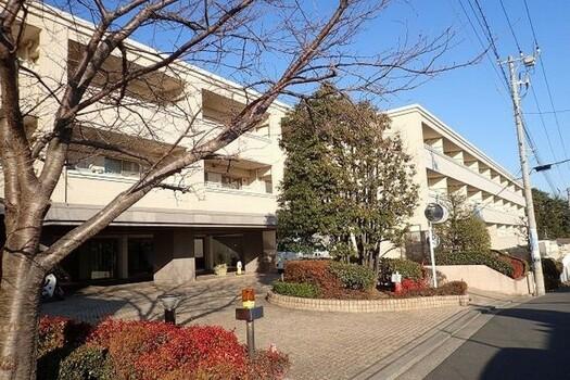 コスモ横浜本牧シーサイドテラスの外観