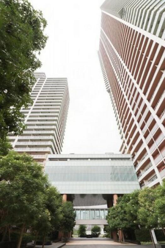 アーバンドックパークシティ豊洲タワーBの外観