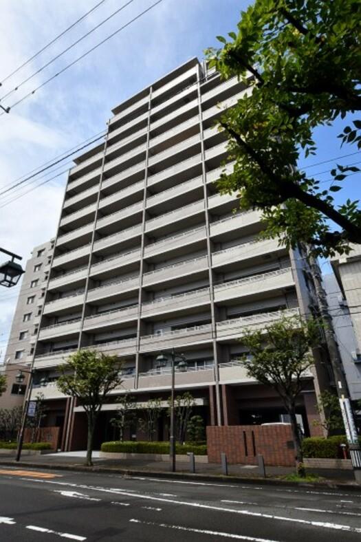 サーパス藤枝駅前の外観