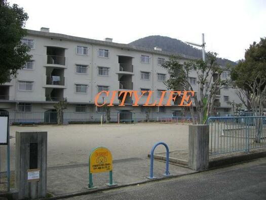 京都北山スカイハイツA棟の外観